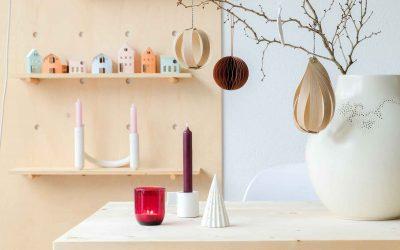 DIY scandinavische kerstballen van kantenband